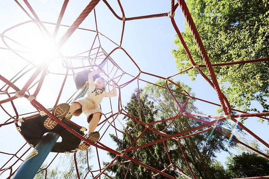 Naturerlebnispark kletterseilgeruest